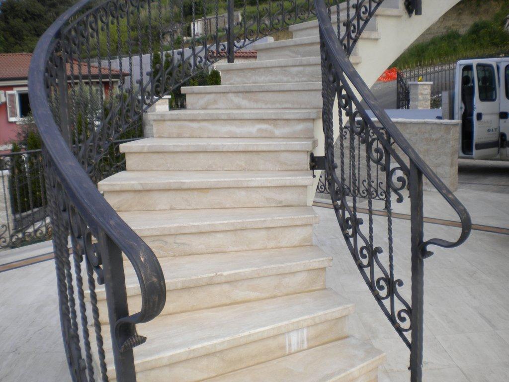 Vanjske stepenice od kamna